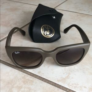 Accessories - Ray Ban Sunglasses- never worn